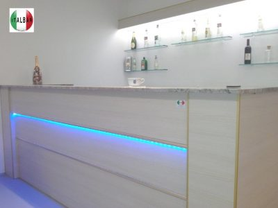 Italbar banconi bar banchi frigo vetrine refrigerate for Usato bancone bar