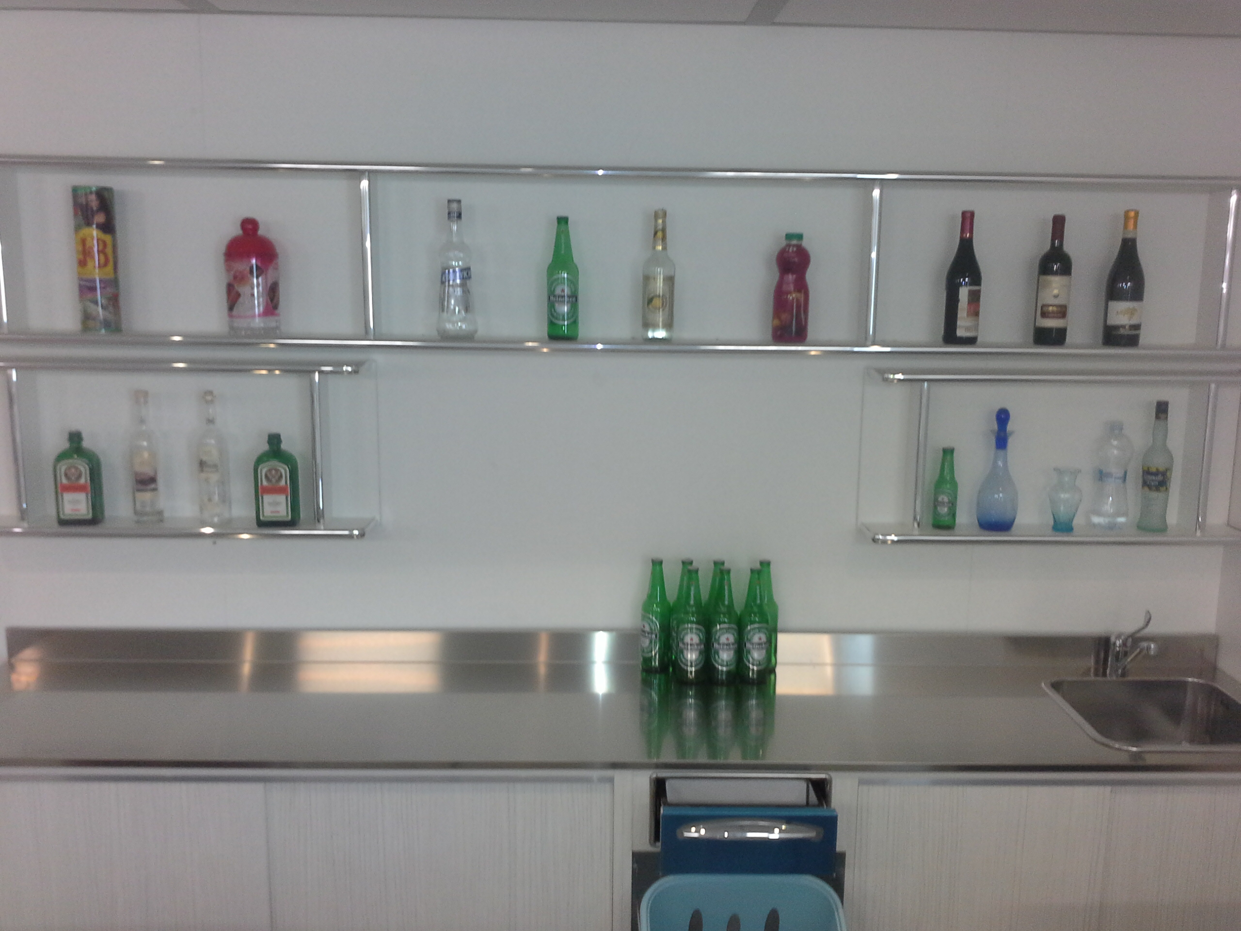 retrobanco per bottiglie da bar